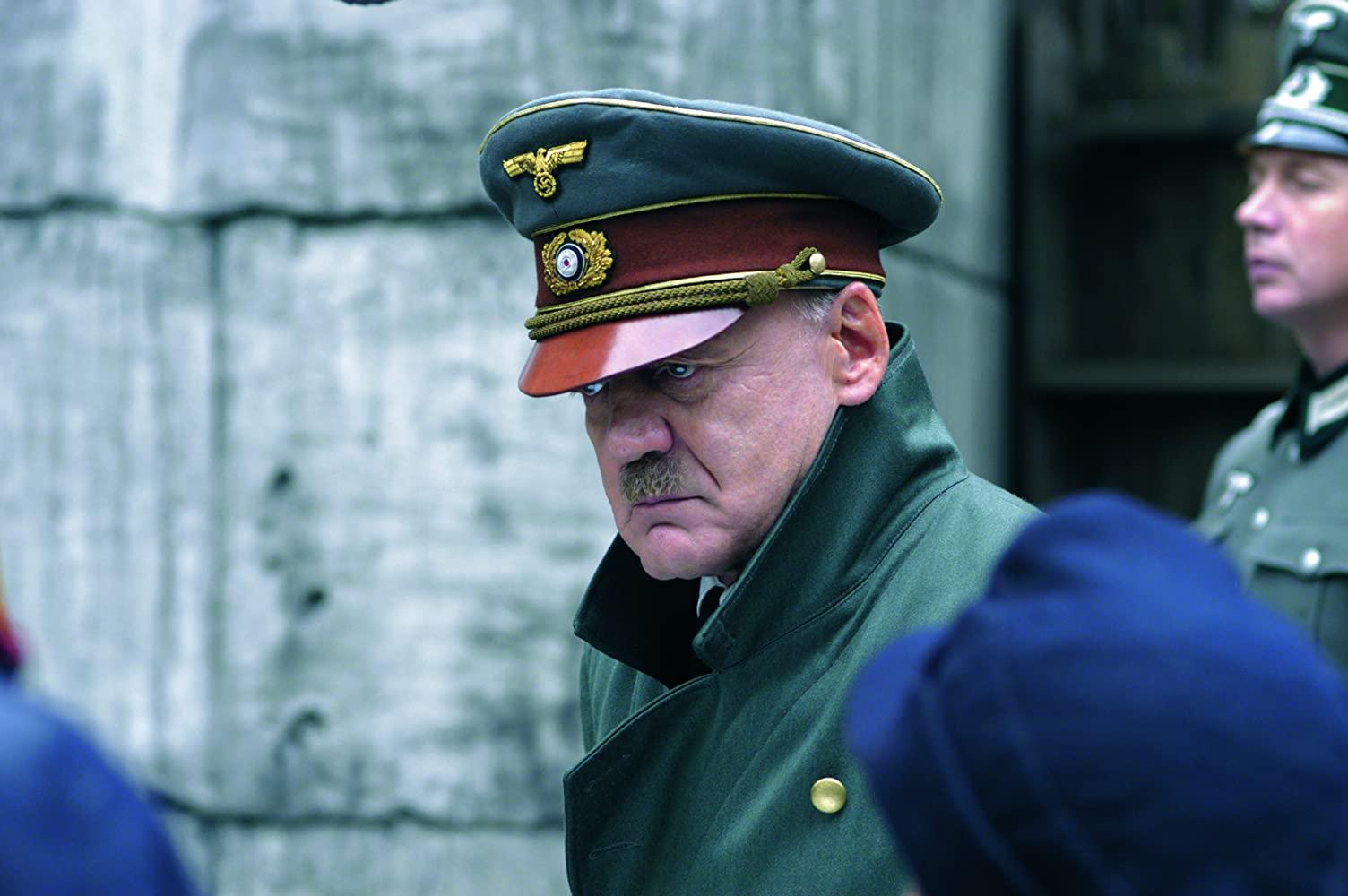 Bruno Ganz in Der Untergang (2004)